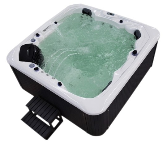 Outdoor Whirlpool